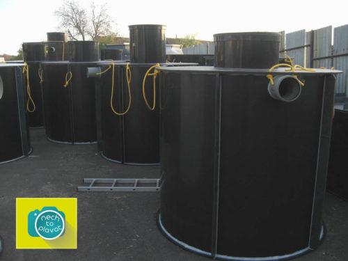 Plastová jímka na odpadní a dešťovou vodu - Výrobní sklad2